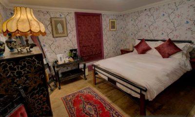 Oriental-style bedroom in Broadstairs bed and breakfast