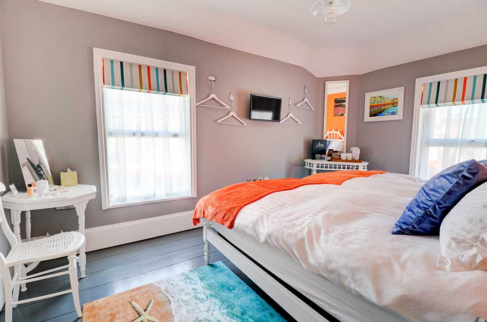Beach room in Broadstairs bed and breakfast